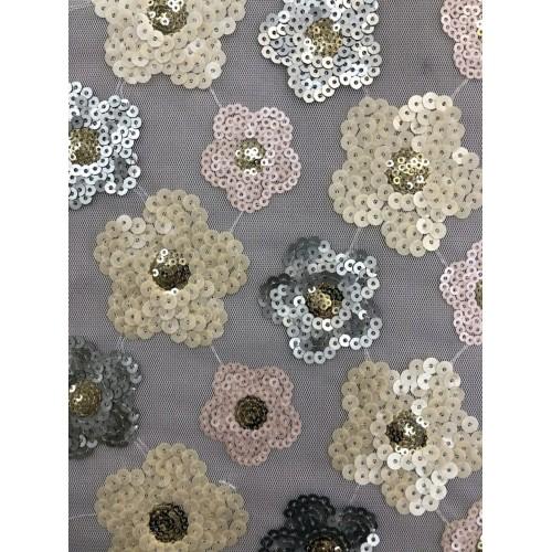 Сетка с цветами из пайеток