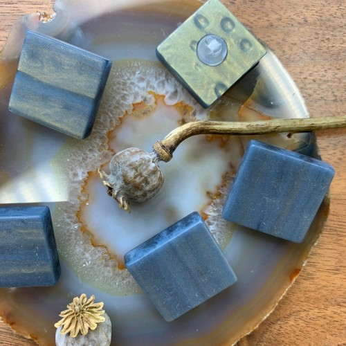Пуговицы объёмные квадратные, пластик имитирующий камень