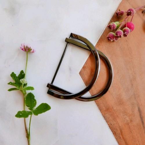 Пряжка полукольцо металлическое для декорирования одежды