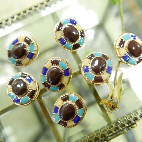 Пуговицы с разноцветной эмалью