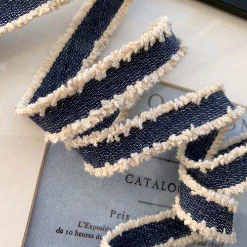 Тесьма для одежды джинсовая с бахромой