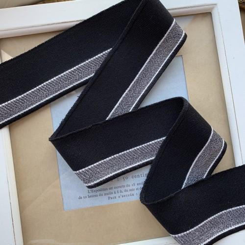 Трикотажные подвязы чёрного цвета с ажурной серебристой и белыми полосками
