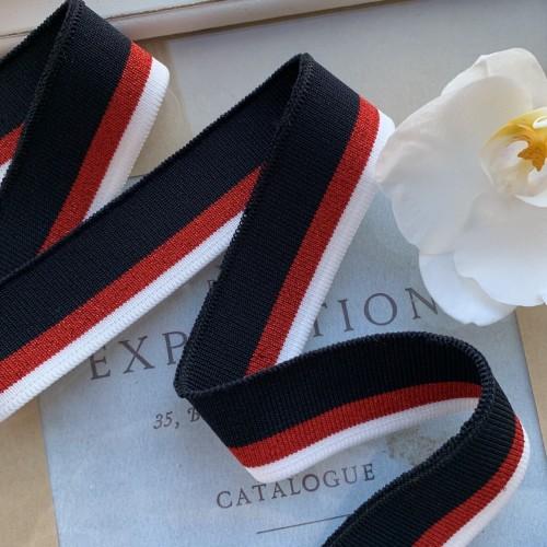Трикотажные подвязы темно-синего цвета с красной и белой полосками