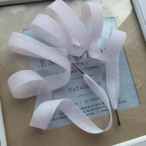 Прозрачные шнурки для декорирования одежды с нежным светло-розовым люрексом