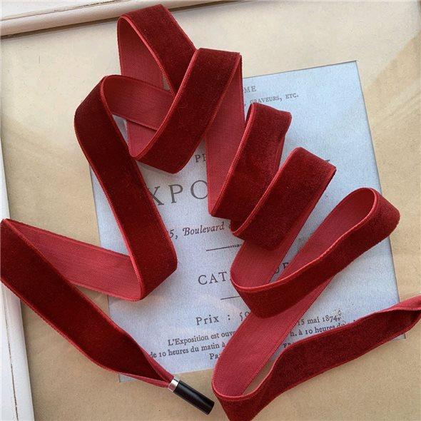 Шнурок декоративный бархатный тёмно-красный