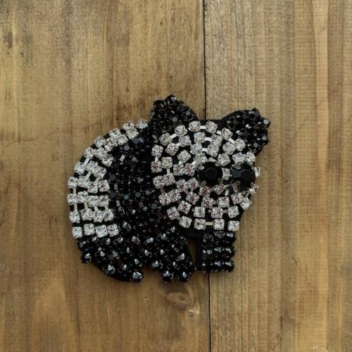 Нашивка панда из страз на основе из чёрного фетра