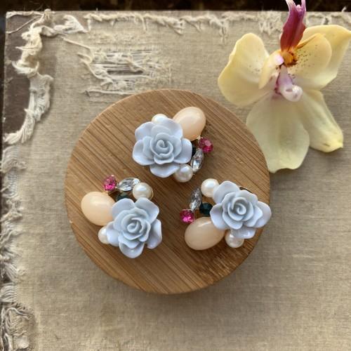Пуговицы металлические розы нежно-голубые